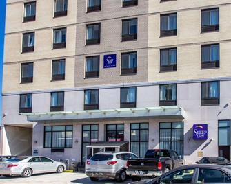 Sleep Inn Long Island City - Manhattan View - Queens - Building
