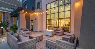 Staybridge Suites Phoenix - Glendale Sports Dist - Glendale - Patio