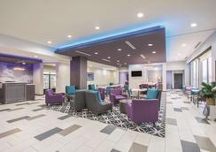 La Quinta Inn & Suites by Wyndham Enid - Enid - Lounge