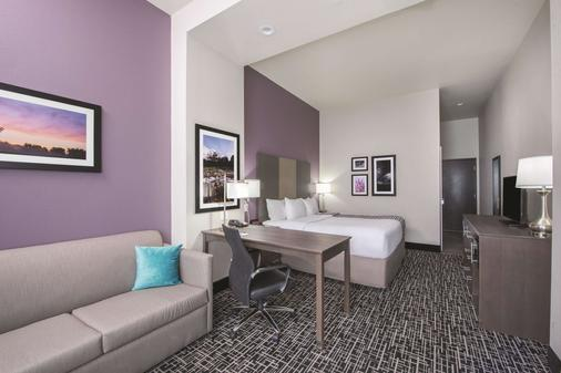 La Quinta Inn & Suites by Wyndham Enid - Enid - Schlafzimmer