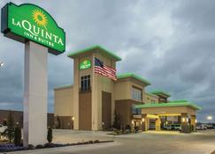 La Quinta Inn & Suites by Wyndham Enid - Enid - Building