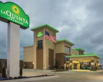 La Quinta Inn & Suites by Wyndham Enid - Enid - Building
