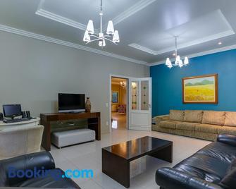 Vila Rica Pousada - Nova Petrópolis - Living room