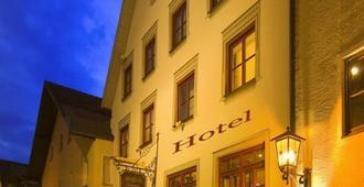 Altstadt-Hotel Zum Hechten - Füssen - Building