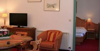 Hotel Gasthof Zur Wacht - Strobl - Sala de estar
