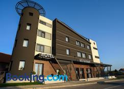 Ideo Lux Hotel Nis - Niš - Byggnad