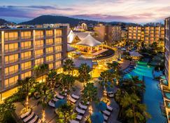 Grand Mercure Phuket Patong (Sha Plus+) - Patong - Bâtiment