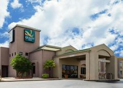 Quality Inn - Meridian - Building