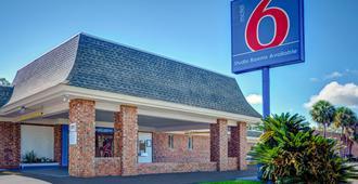Motel 6 Tallahassee - Downtown - Tallahassee - Gebäude