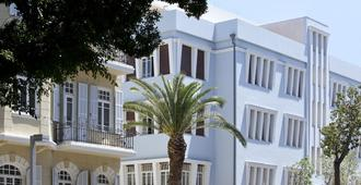 מלון נורמן - תל אביב