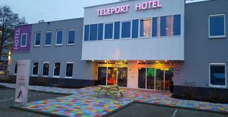Amsterdam Teleport Hotel - Ámsterdam - Edificio