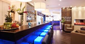 Hotel Domicil Hamburg By Golden Tulip - Hamburg - Bar