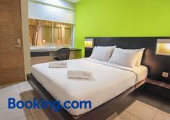 Legreen Suite Tondano - Jakarta - Bedroom