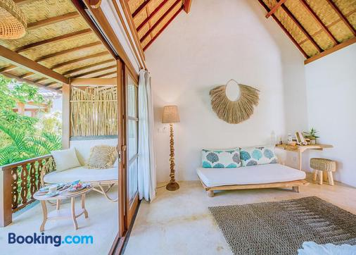 Mule Malu Tropical Stay - South Kuta - Living room