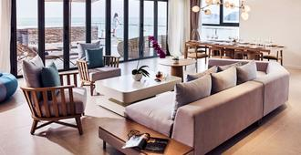 Premier Residences Phu Quoc Emerald Bay Managed by Accor - Phu Quoc - Bedroom