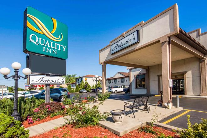 Quality Inn - Niagaran putoukset - Rakennus