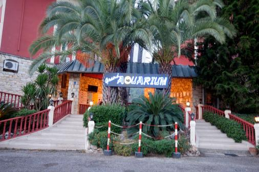 Grand Aquarium - İçmeler - Building