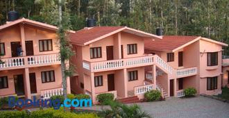 MM Resorts - Yercaud - Building