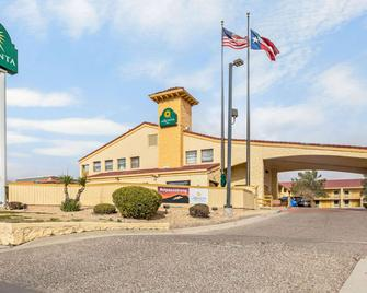 La Quinta Inn by Wyndham El Paso Cielo Vista - El Paso - Gebouw