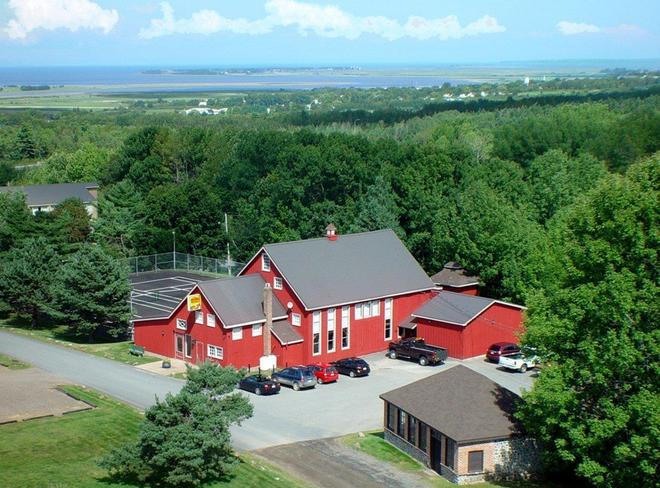 Old Orchard Inn & Spa - Wolfville - Building