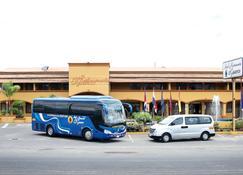 Hotel y Restaurante El Guarco - Cartago