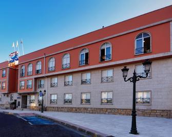 Hotel Apartamentos Dabarca - Pontevedra - Building