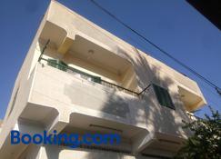 Bakar Guest House - Aswan - Building