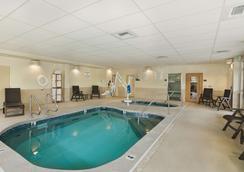 Oxford Suites Bellingham - Bellingham - Pool