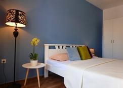 Apartments Lungo Mare - אולצינג - חדר שינה