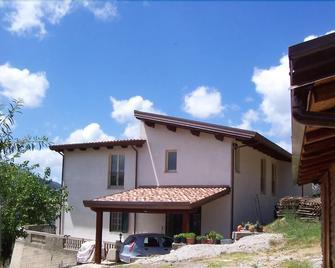 B&B Sciarammola - Patti - Gebäude