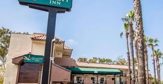 Quality Inn San Diego I-5 Naval Base - San Diego - Gebäude