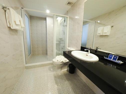 130 Hotel & Residence Bangkok - Bangkok - Kylpyhuone