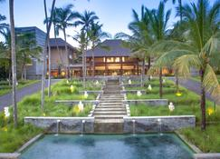 Courtyard by Marriott Bali Nusa Dua Resort - South Kuta - Building