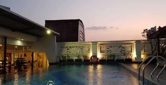 Park Regis Arion Kemang - Νότια Τζακάρτα - Πισίνα