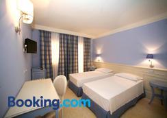 Palace Hotel Vieste - Vieste - Bedroom