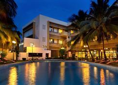 Grand Hotel Bamako - Bamako - Byggnad