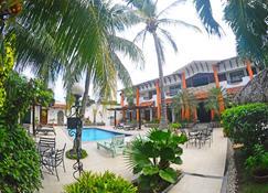 Hotel Europeo - Managua - Piscina