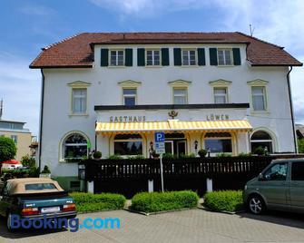 Hotel Löwen - Kirchzarten - Gebäude