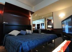 Club Hotel Casino Loutraki - Loutraki - Camera da letto