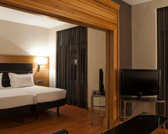 AC Hotel by Marriott Carlton Madrid - Madrid - Bedroom