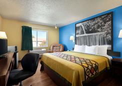 Super 8 by Wyndham Waco University Area - Waco - Phòng ngủ