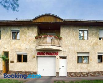 Euro Panzio - Debrecen - Building