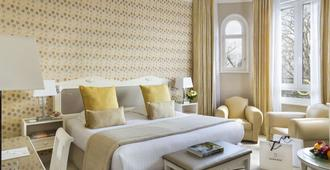 Hôtel Barrière Le Westminster - Ле-Туке-Пари-Плаж - Спальня
