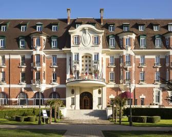 Hôtel Barrière Le Westminster - Ле-Туке-Пари-Плаж - Здание