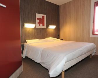 Hotel 4 Saisons - Onet-le-Château - Спальня