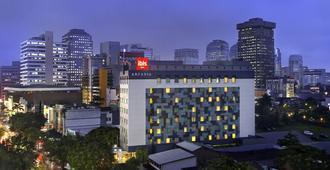 Ibis Jakarta Arcadia - Yakarta - Edificio