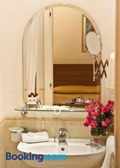 阿斯托里亞花園酒店 - 羅馬 - 羅馬 - 浴室