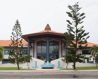 La Palm Royal Beach Hotel - Accra - Building