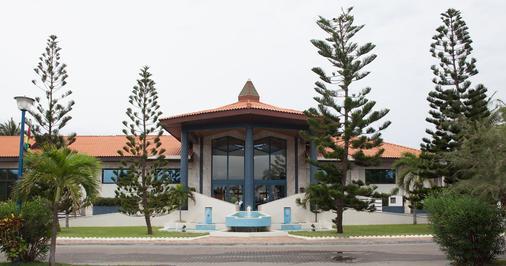 La Palm Royal Beach Hotel - Accra - Building