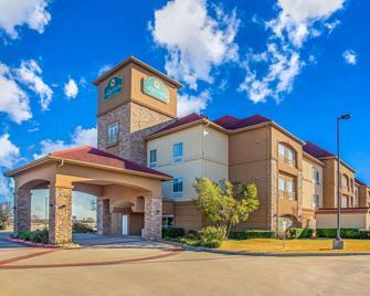 La Quinta Inn & Suites by Wyndham Belton - Temple South - Belton - Gebäude